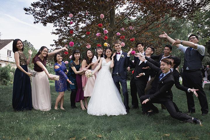 Verrücktes Familienfoto bei einer Hochzeit in der Pfalz